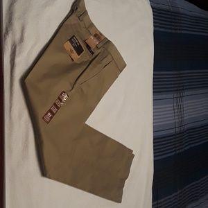 Dockers men's New signature khaki 32 x 28 slim fit